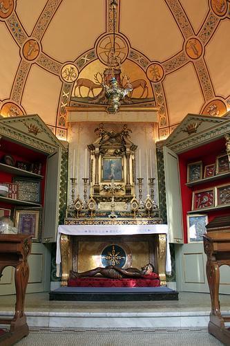 relic_chapel_(11).jpg